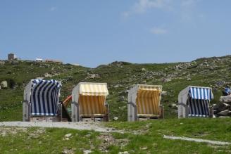 auf Muottas Muragl Strandkörbe