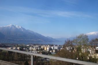 Ausblick überLago Maggiore