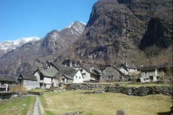 Dorf unterwegs
