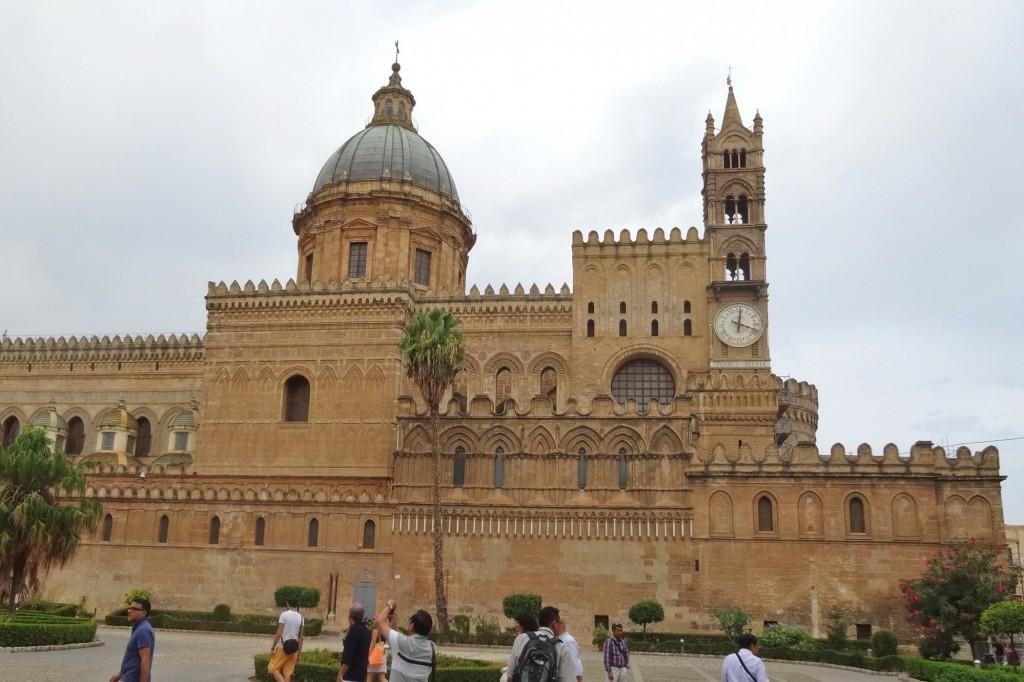 Italien 12 Palermo 104