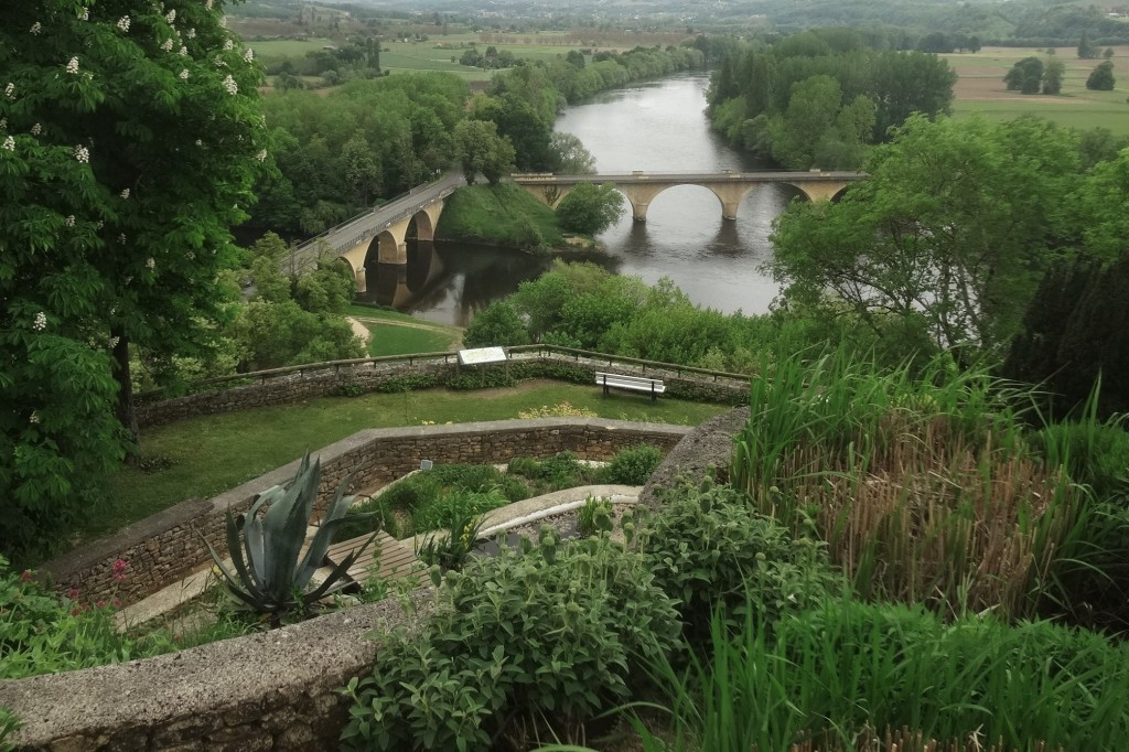 23. 2016-5-9 Limeuil 164