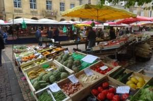 29. 2016-5-14  Markt Sarlat 028